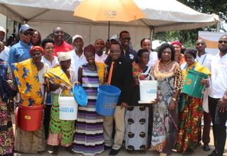 Des sourires et de l'espoir retrouvés grâce à UNFPA et ONUFEMMES aux côtés de ROTARACT
