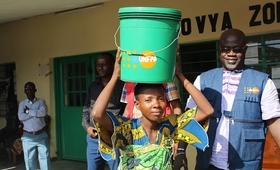 Assistance aux personnes victimes des inondations dans la zone de Buterere en Mairie de Bujumbura